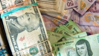 Peso mexicano sube frente al dólar, que cotiza en 18.73