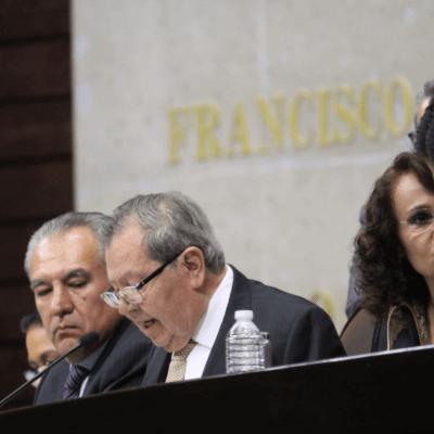 Porfirio Muñoz Ledo y Gerardo Fernández Noroña comienzan con un pleito la sesión