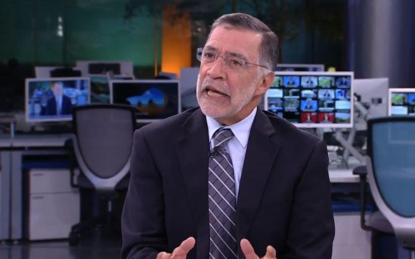 """México vive """"política esquizofrénica"""