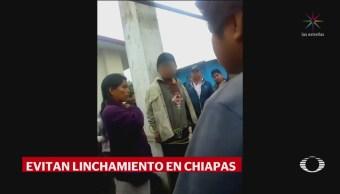 Rescatan a hombre de ser linchado en San Cristóbal Chiapas