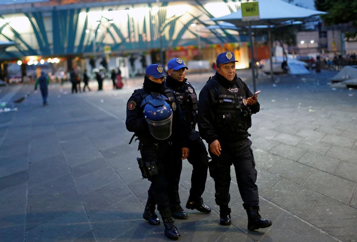 'Falsos mariachis' desatan balacera en plaza Garibaldi CDMX; reportan tres muertos