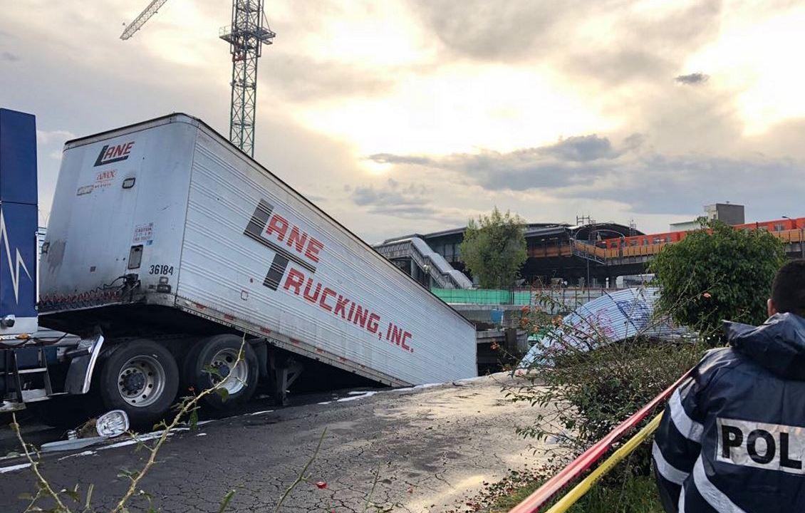 lluvia granizo socavon trailer cae trailer