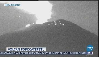 Volcán Popocatépetl lanza fragmentos incandescentes