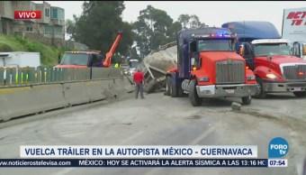 Vuelca tráiler en la autopista México Cuernavaca