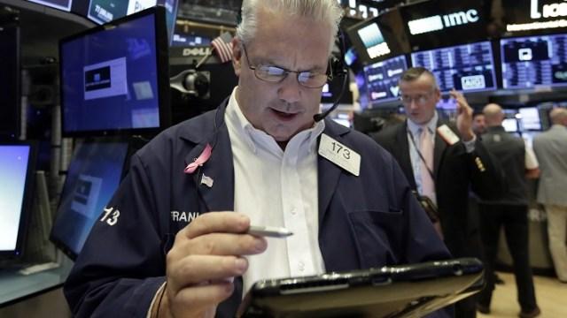 Wall Street cierra mixto y el Dow Jones avanza