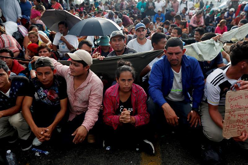 Hondureños regresan a su país tras intento de llegar a EU