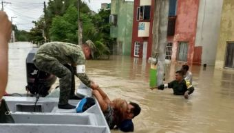 Mueren tres personas por lluvias en Veracruz