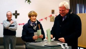 Oficialismo pierde terreno en elección estatal en Alemania
