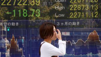 Bolsa de Tokio baja a mínimos de dos meses