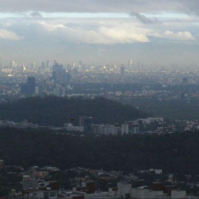 Aceptable, la calidad del aire en el Valle de México