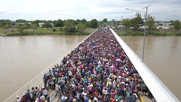 Guatemala reporta que 2 mil hondureños regresaron a su país