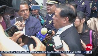 El cardenal Norberto Rivera asistió al funeral del policía que murió este fin de semana durante una balacera frente a su casa