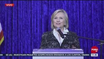Clinton agradece al Servicio Secreto interceptar paquete sospechoso