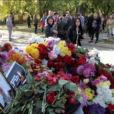 Putin culpa a la globalización de matanza en escuela de Crimea