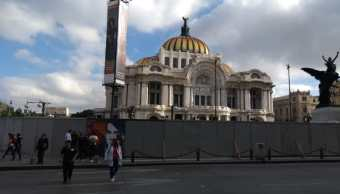 Colocan protecciones en edificios del Centro Histórico