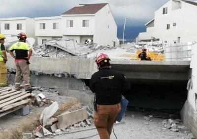 Derrumbe en Monterrey deja 5 muertos y 13 desaparecidos