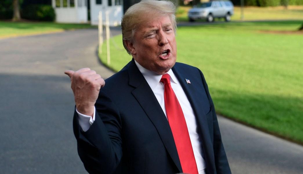 Trump pide a Sessions frenar violencia en Chicago