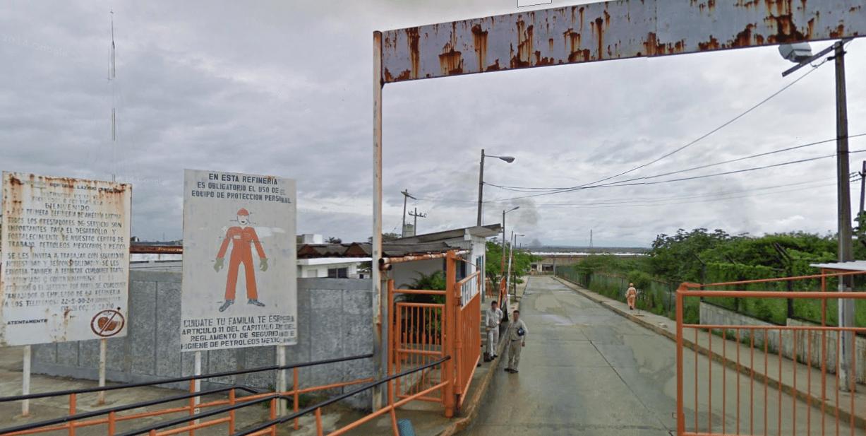 Pemex sofoca incendio en refinería de Minatitlán