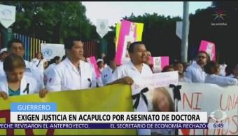Exigen justicia en Acapulco por asesinato de doctora