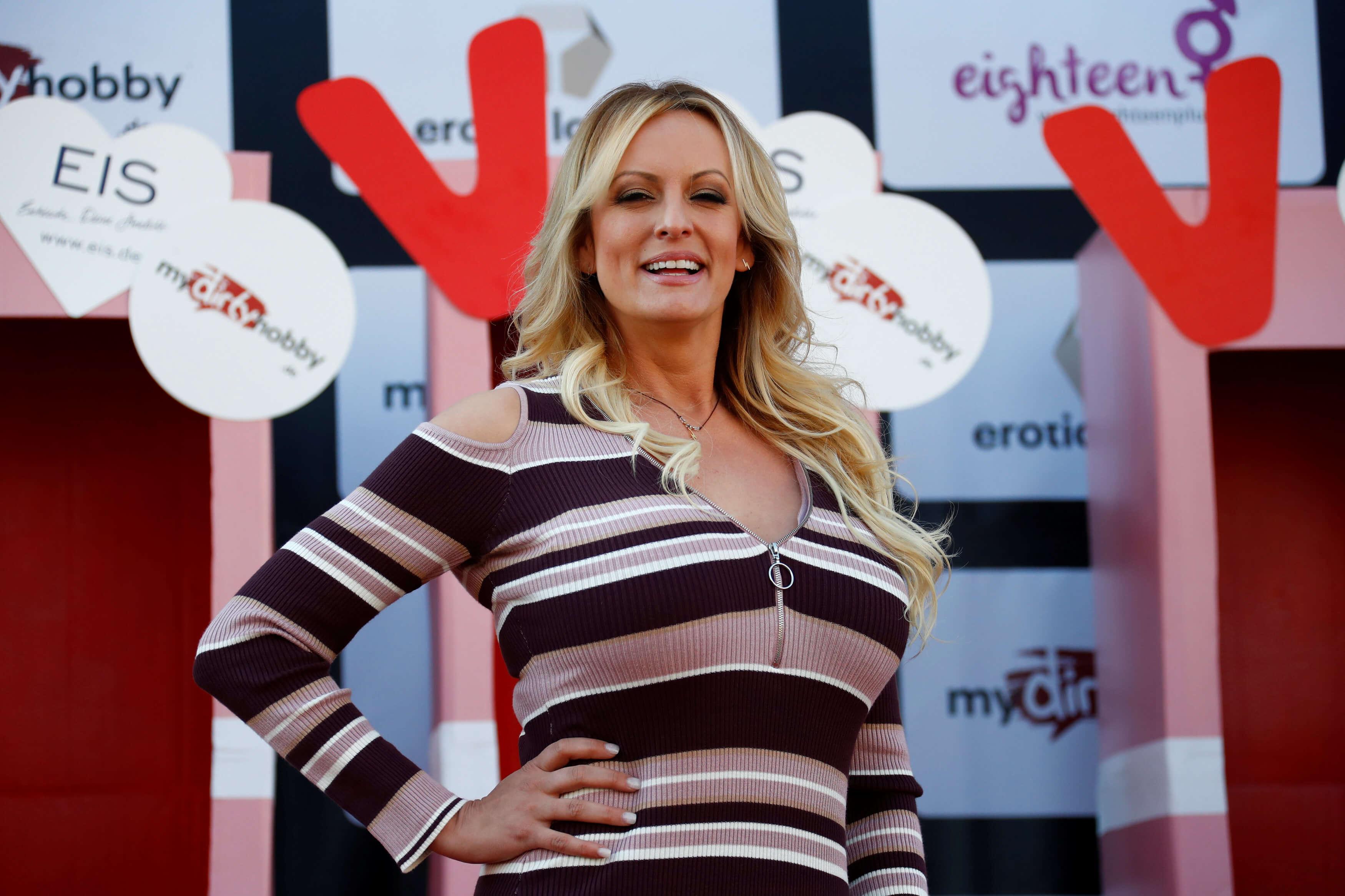 Trump llama 'cara de caballo' a actriz porno