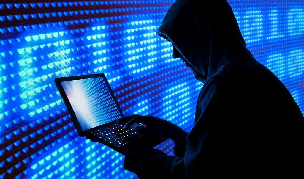 Trump facilita a su gobierno lanzar ciberataques ofensivos
