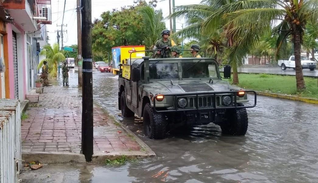 Huracán 'Michael' provoca fuertes lluvias en Quintana Roo