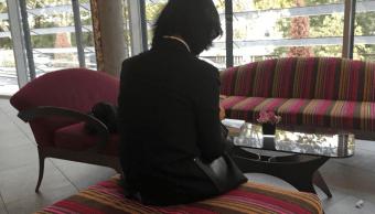 Interpol: Esposa de exjefe denuncia amenazas, según AP