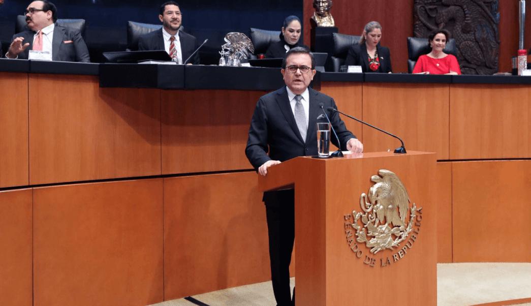 Ildefonso Guajardo se confronta con panistas en el Senado