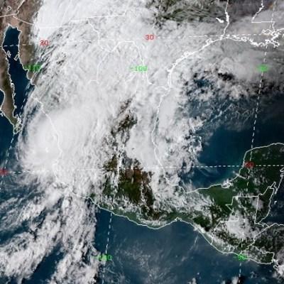 Huracán 'Willa' toca tierra en Escuinapa, Sinaloa