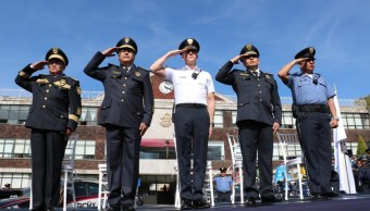 Adrián Rubalcava realizó entrega de patrullas en Cuajimalpa