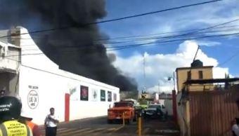 controlan incendio bodegas cerveceria morelia michoacan