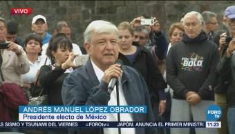 López Obrador da mensaje en la Plaza de las Tres Culturas