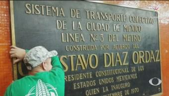 Retiran Placas Metro Nombre Expresidente Díaz Ordaz