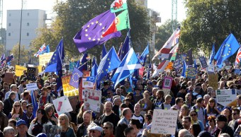 Marchan en Londres para pedir nuevo referéndum sobre brexit