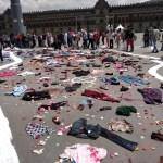 Estudiantes realizan memorial en honor a víctimas del 68 en Zócalo CDMX
