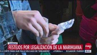 Miles Canadienses Celebran Legalización Fumando Marihuana