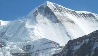 Nepal: Mueren al menos 8 alpinistas en ascenso al monte Gurja