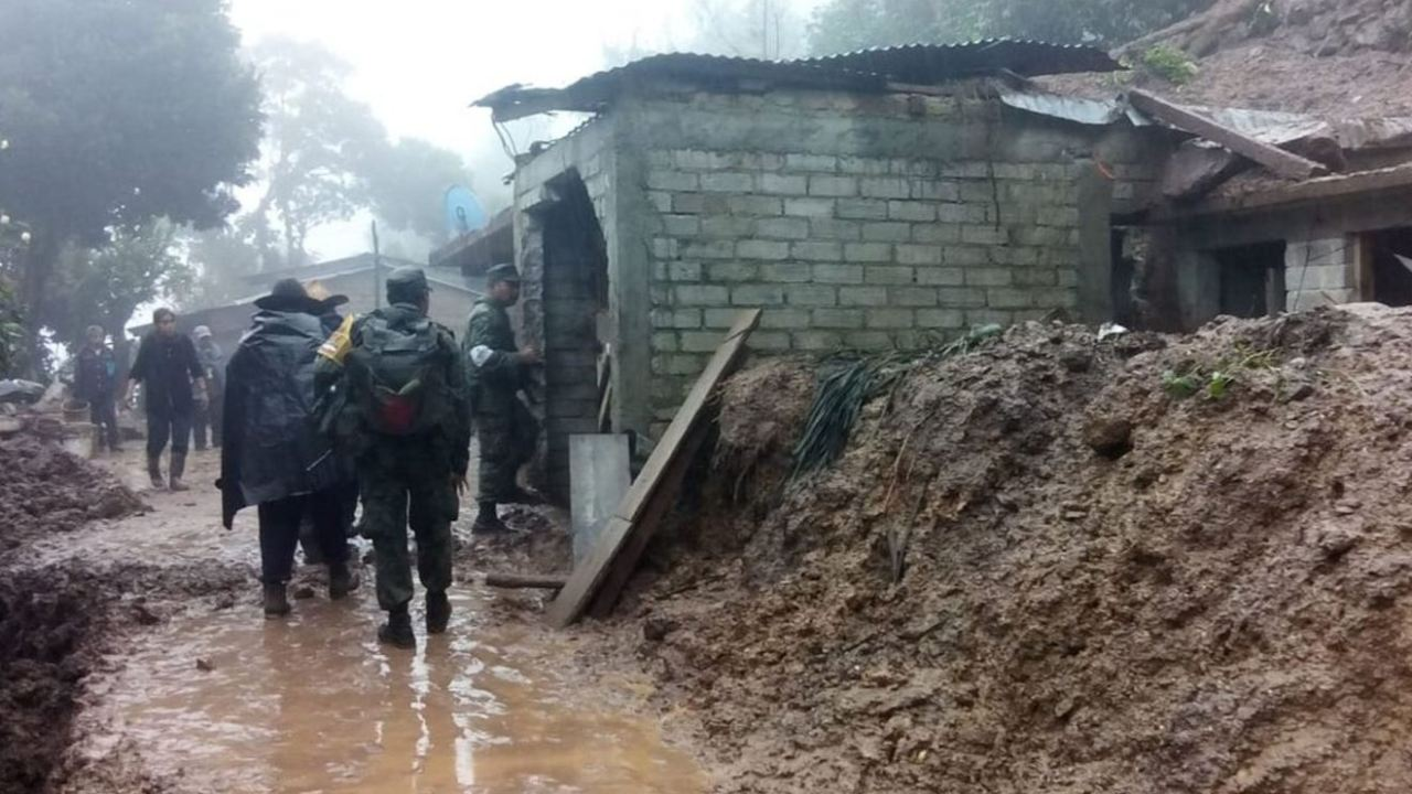 Declaran emergencia en 15 municipios de Oaxaca por lluvias