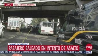 Pasajero muere durante asalto a microbús frente al Metro Apatlaco