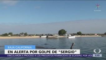 Península de Baja California en alerta por tormenta tropical 'Sergio'