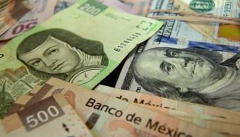 Peso mexicano opera débil, dólar cotiza en 19.33