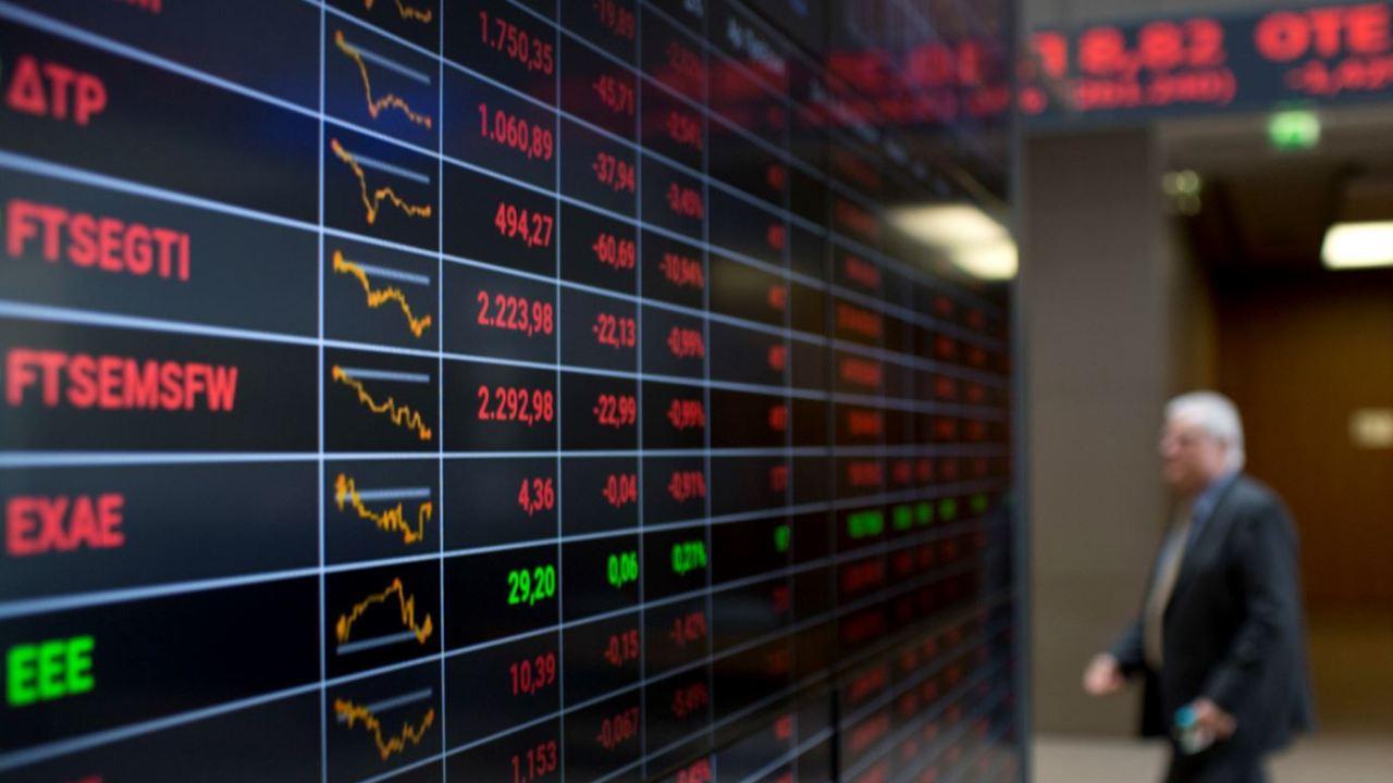 Presión a banca griega provoca caída de Bolsa de Atenas