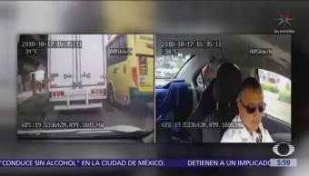Presuntos policías roban mercancía en falso retén de Tlalnepantla