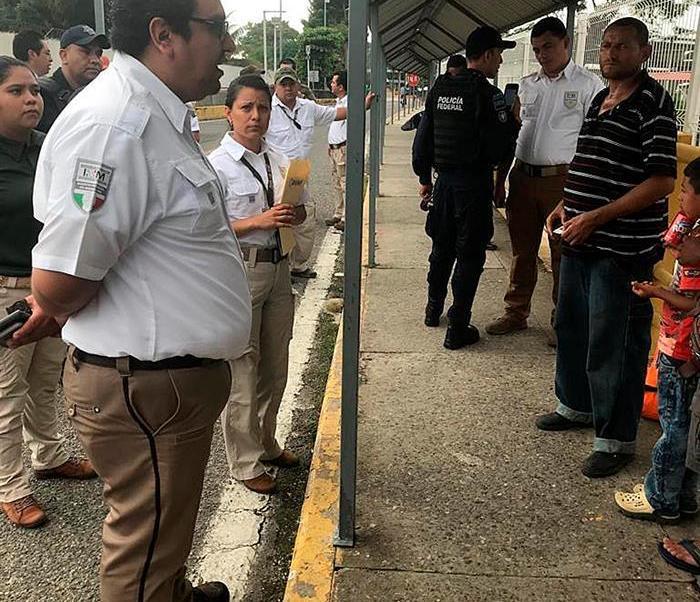 Primer grupo de cien migrantes hondureños