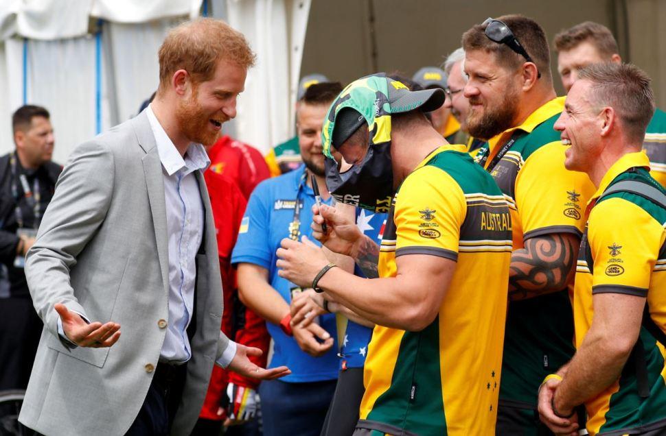 príncipe harry asiste juegos invictus mientras meghan reduce agenda por embarazo