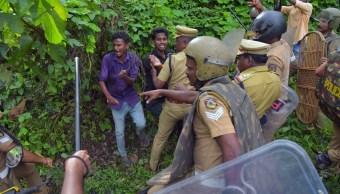 India: Mujeres que menstruan impedidas a templo Sabarimala