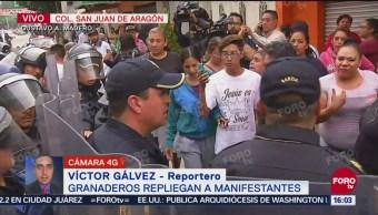 Protesta de padres de familia en San Juan de Aragón termina con varios lesionados