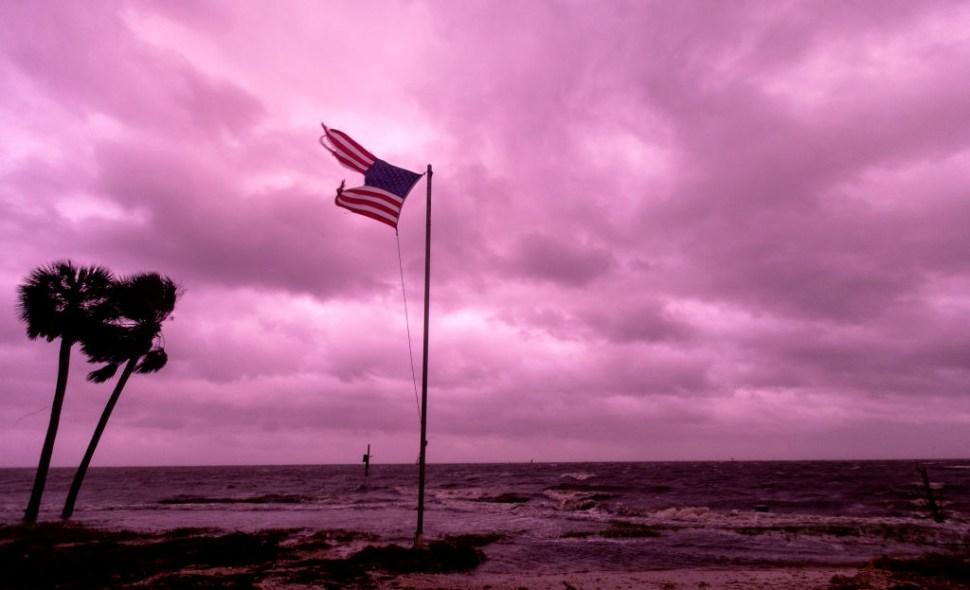 Cielo-Purpura-Huracan-Michael-Florida-Violeta