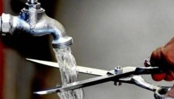 Recorte de agua en la CDMX será de 72 horas; incrementa venta de tambos y cubetas