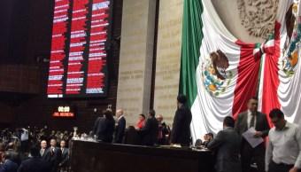 A gritos termina comparecencia de González Anaya en San Lázaro